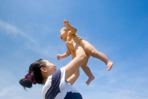 5. Cho trẻ tiếp xức với môi trường 1